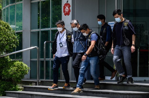 Apple Daily executives arrested in massive Hong Kong police raid on pro-democracy figures