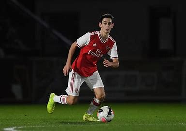 Arsenal wonderkid Patino, 17, knocking on manager Arteta's first team door and he's ready to go